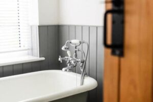 sanitair aansluiten Lisse